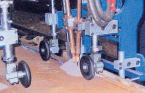 Gantry Type Box Beam Welding Machine Model AWBBW-4000_3